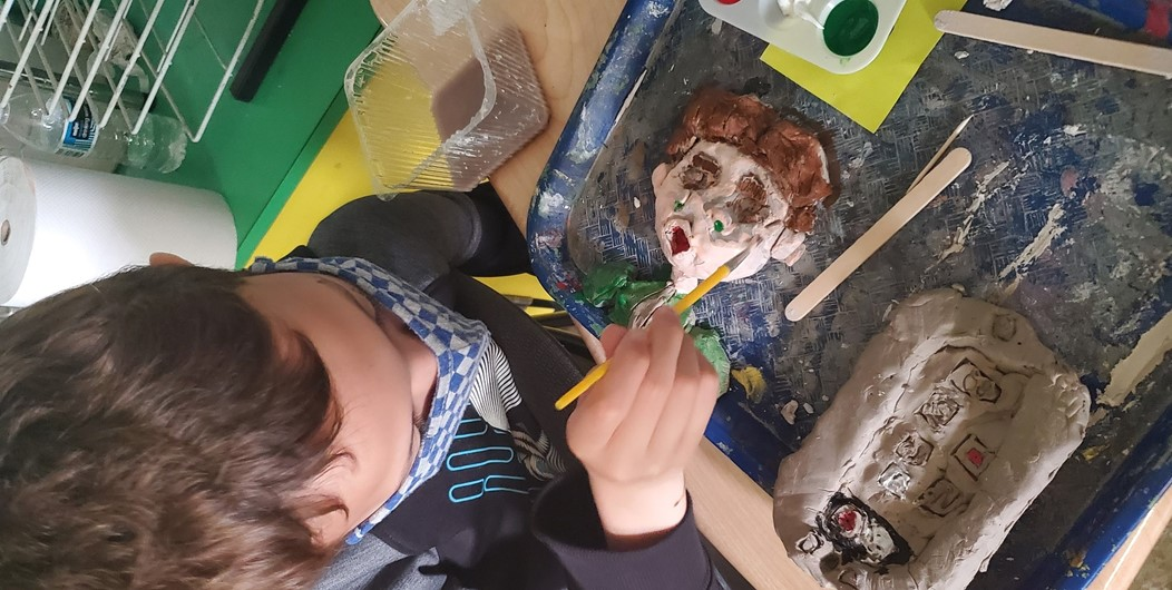 GEMS 4th graders working on clay projects during the last week of school!